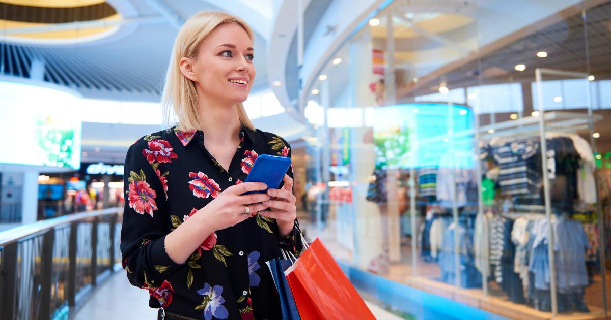 """UE stawia na ochronę konsumenta w cyfrowym świecie – czy to koniec z """"kupowaniem """"lajków""""? O dyrektywie """"Omnibus"""" słów kilka."""